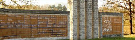 Monument amb l'arbre genealògic de Ramon Berenguer II al Gorg d'en Perxistor a Gaserans, Sant Feliu de Buixalleu