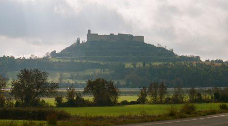 Panoràmica de la vila closa de Montfalcó Murallat.