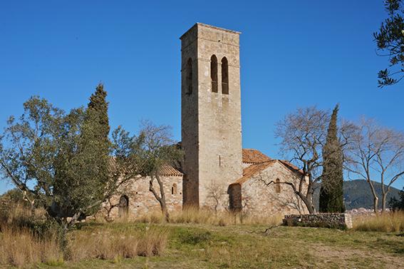 5 poblacions del Vallès Occidental que probablement mai has pensat a visitar. Església de Castellar Vell a Castellar del Vallès.