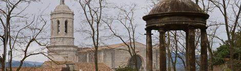 La catedral de Girona vista des dels jardins dels Alemanys.