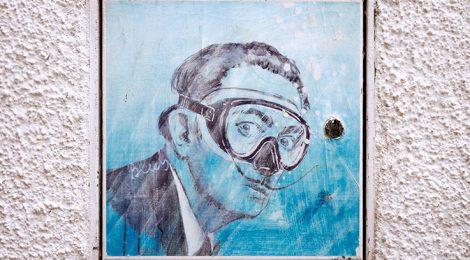 Dalí amb ulleres de busseig a Cadaqués.