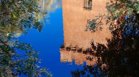 Reflex a l'estany de Can Solei i Ca l'Arnús.