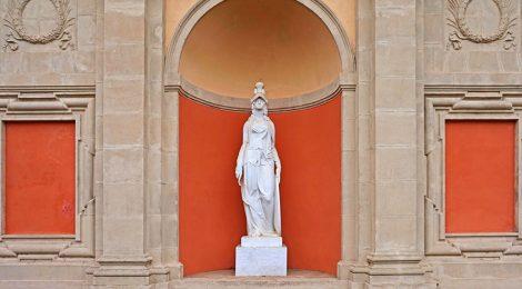 Escultura de Minerva a Barcelona.