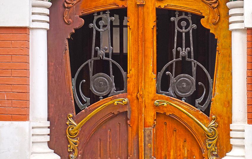 Porta modernista. Segon itinerari per A Coruña
