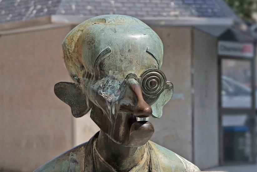 Bust de l'escriptor Vicente Risco. Segon itinerari per A Coruña