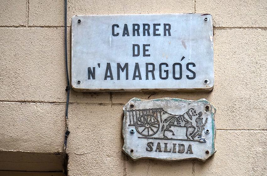 Placa del carrer de n'Amargós