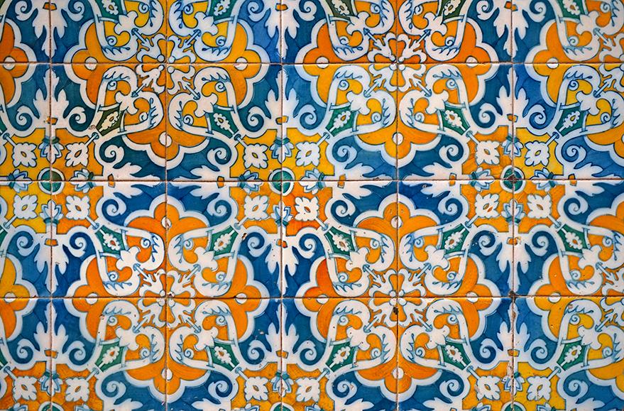 Decoració ceràmica de la Casa Carreras.