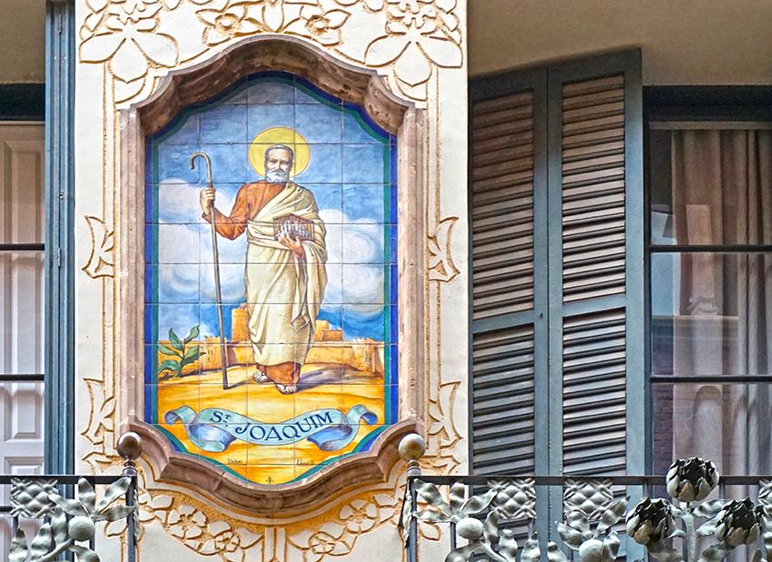 Plafó ceràmic de Sant Joaquim.