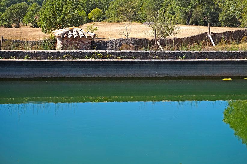 Bassa per regar els camps. Itinerari de l'aigua a Can Vilallonga