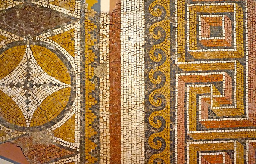 Mosaic de tessel·les. Museu Arqueològic Tarragona
