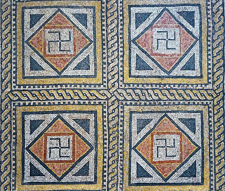 Mosaic amb esvàstica. MNAT