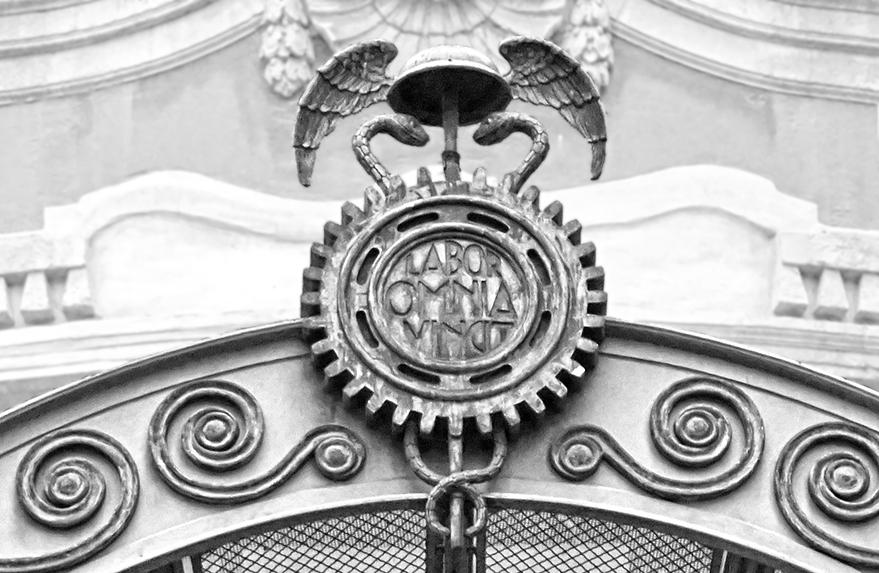 Símbol d'Hermes als Antics magatzems Jorba de Barcelona