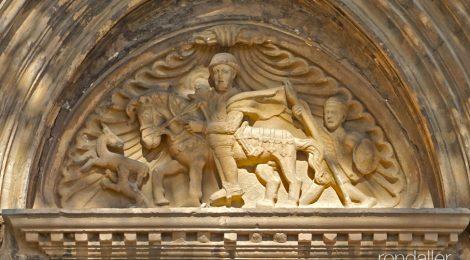 Portalada gòtica de l'església de Sant Julià de Palou a Granollers.