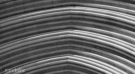 Girona. Catedral. Porta dels Apòstols. Gòtic