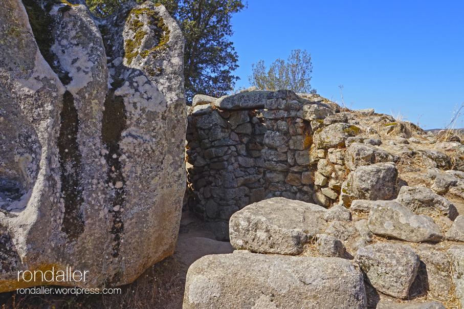 Jaciment prehistòric de Filitosa. Còrsega. Construcció megal·lítica