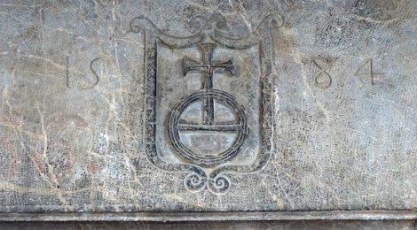Peralada, Alt Empordà, escut, Globus imperial, orbe