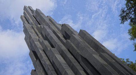 Monument, Sol LeWitt, terrorisme, Barcelona, Nou Barris