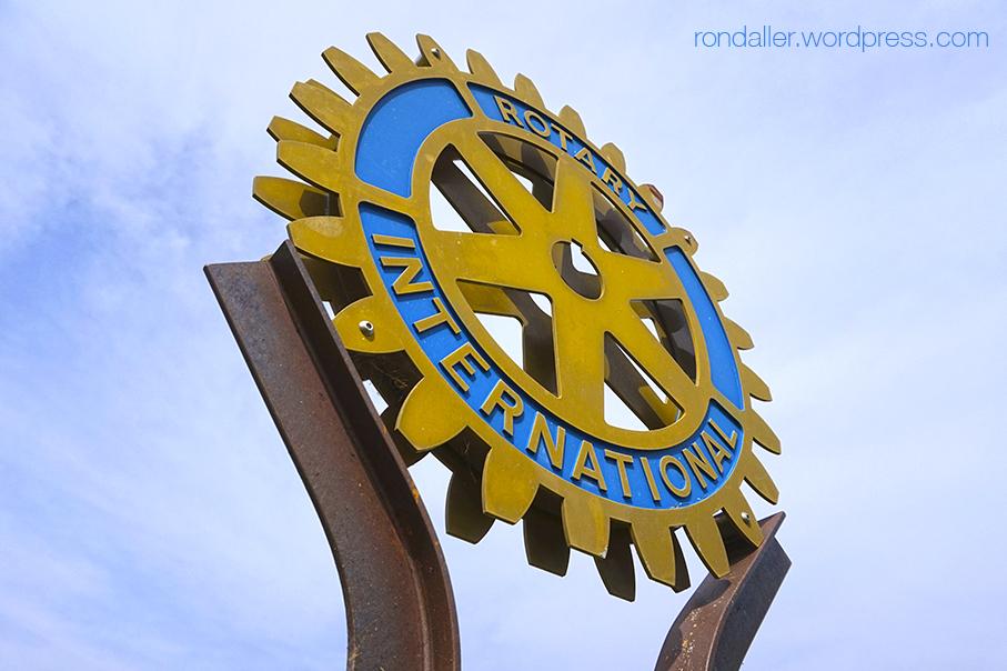 Monument al Rotary Club de Mataró. Maresme.