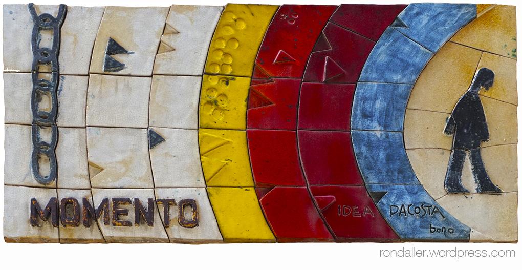 Mural ceràmic de Julio Bono en un edifici de Terrassa.