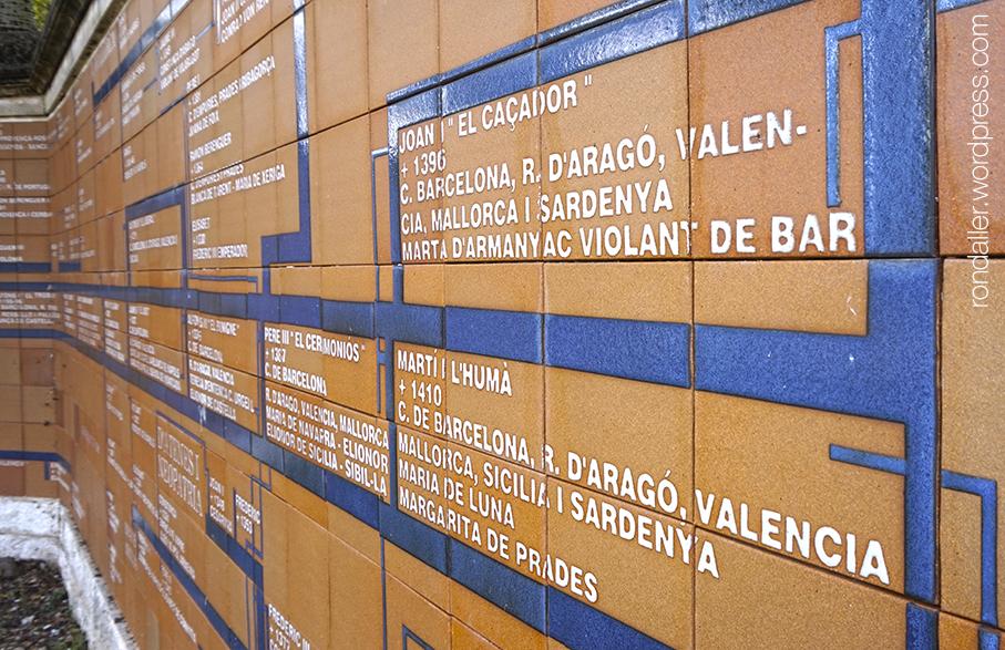 Genealogia del Comte Ramon Berenguer al monument del Gorg d'en Perxistor a Sant Feliu de Buixalleu.