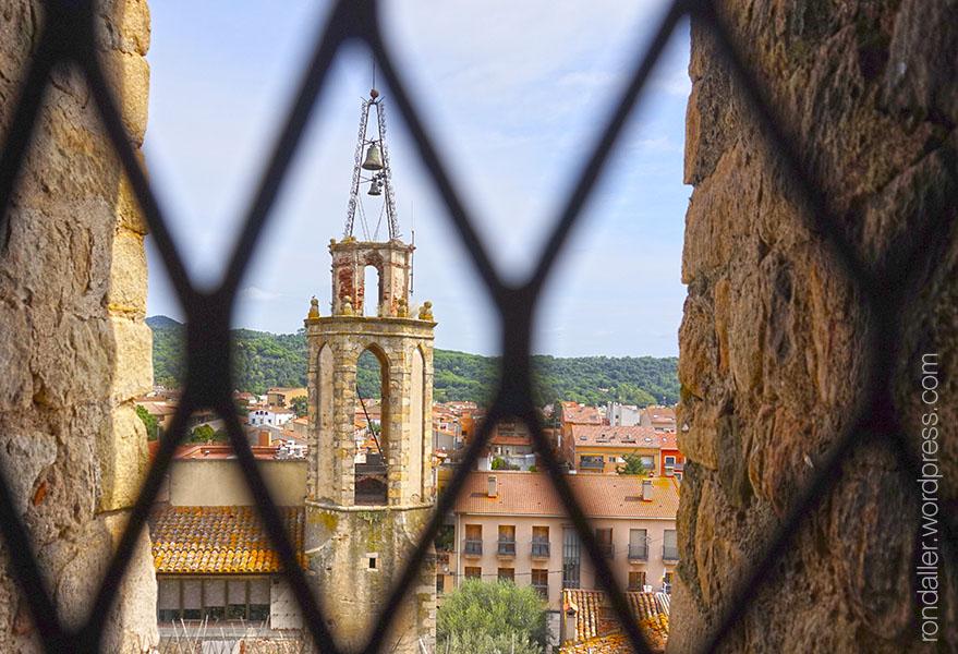 Panoràmica des del campanar del monestir de Breda