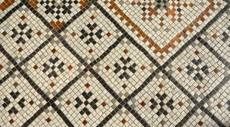 Blanes, La Selva, església Santa Maria, mosaic