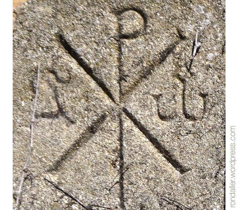 Crismó a la Placa franquista a Vilanova de Sau (Osona).