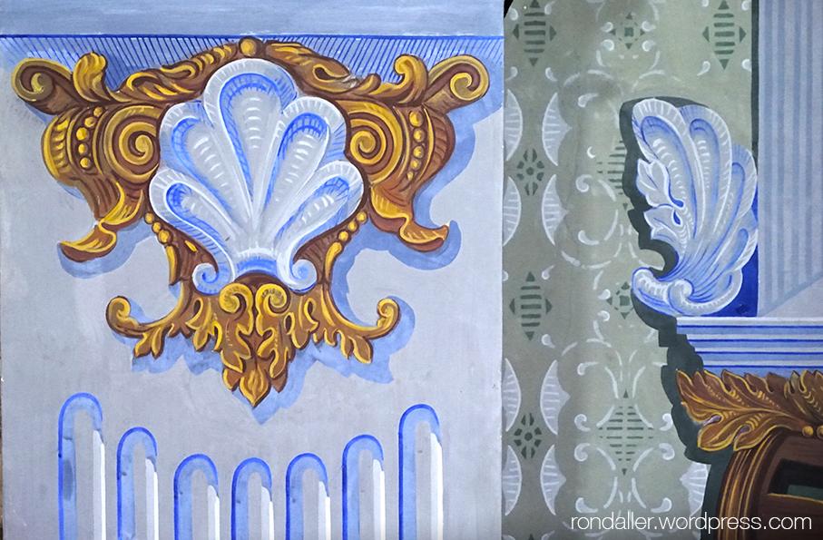 Pintures decoratives a les parets del santuari de Bellmunt, Vall de Ges.