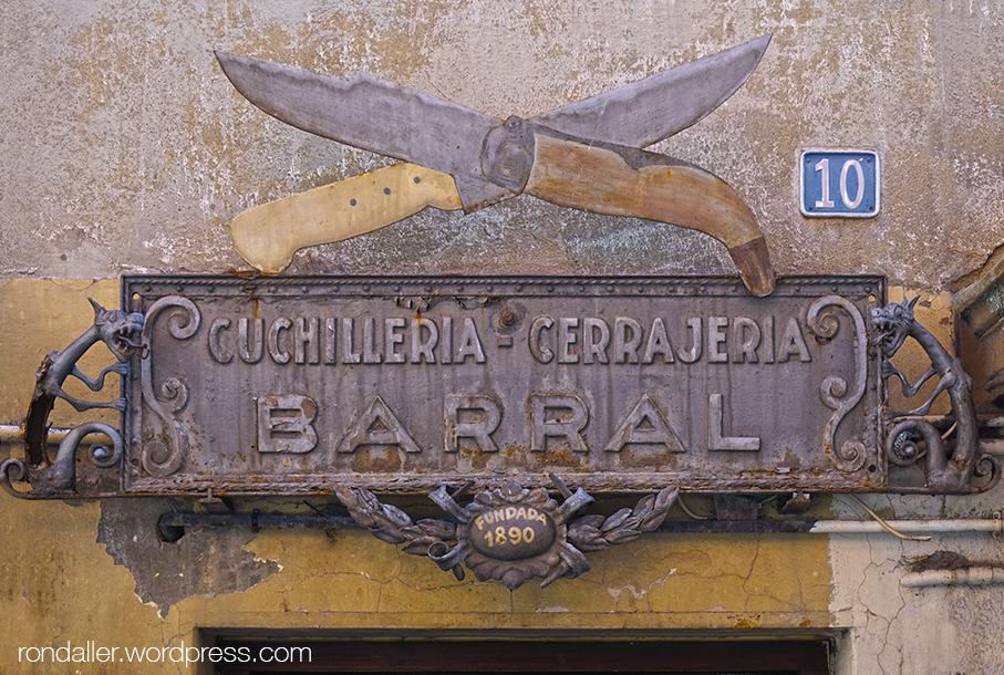ganiveteria Barral, Ripoll, Ripollès, gremi, elois, rètol, forja,