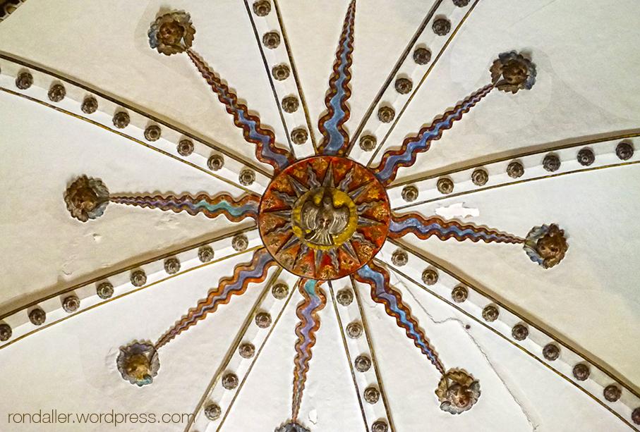 Sostre de la Capella de Sant Bartomeu al monestir de Sant Cugat del Vallès.