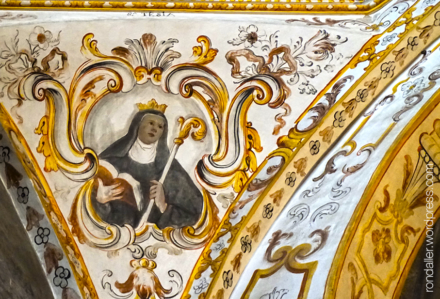 Pintures a la capella de Santa Escolàstica al monestir de Sant Cugat del Vallès.
