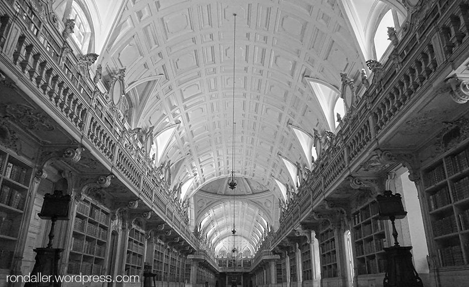 El Palau de Mafra. Portugal. La Biblioteca.