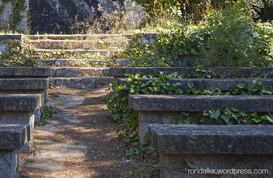 Capella del Coll de Parpers. Itinerari per la Serralada Litoral