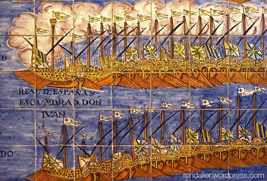 Mosaic de la Batalla de Lepant. Detall de les naus al mar.