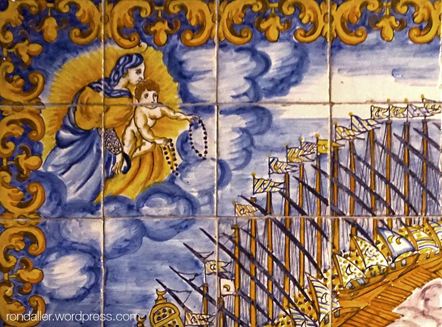 Mosaic de la Batalla de Lepant. Detall de la Mare de Déu del Roser.