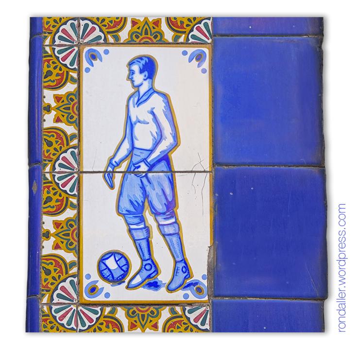Rajoles que representen un jugador de futbol.