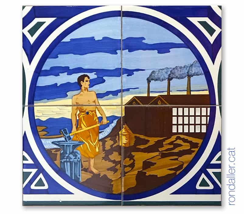Detall de l'arrambador ceràmic del Casino de Quart de Poblet simbolitzant la indústria.