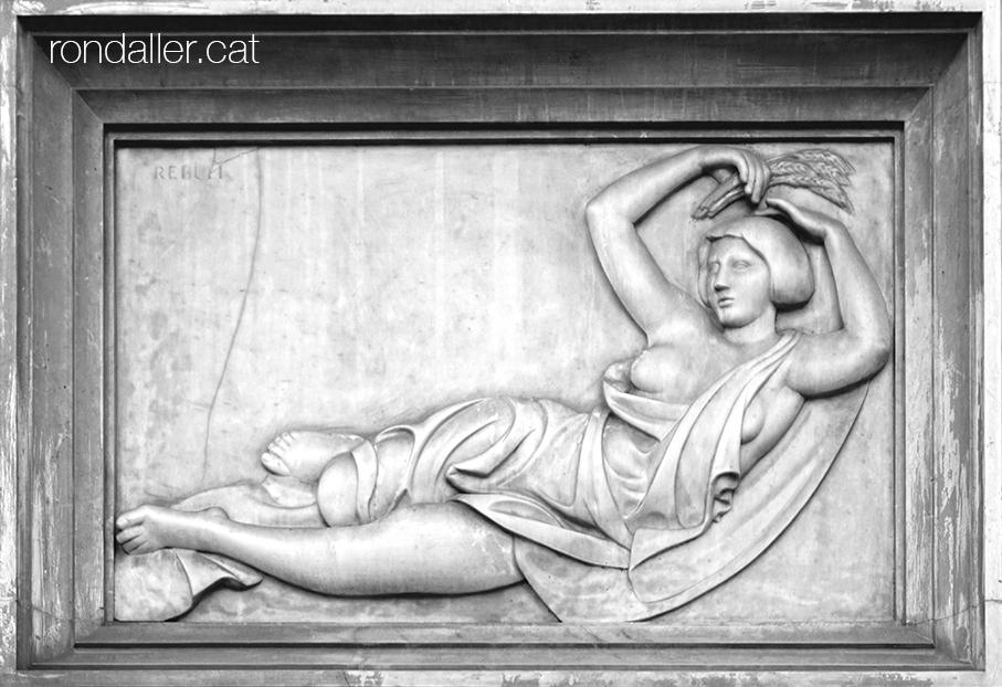 Relleu en marbre que representa Demèter, la deessa de les collites.