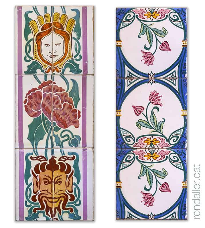 Quart de Poblet. Dos brancals ceràmics del portals, amb cares i decoració floral.