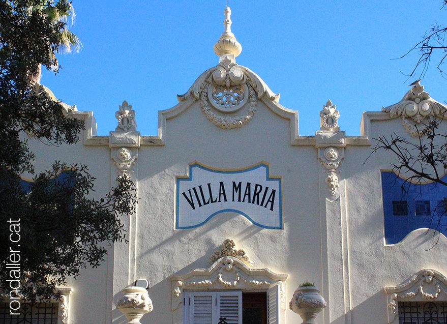 Decoració del xalet modernista Villa María, a la plaça de l'ermita. Passejada per Godella.