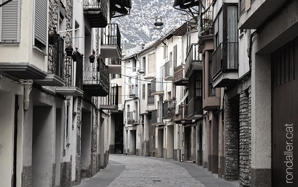 Història d'Organyà, Alt Urgell. Vista del Carrer Nou que es trobava fora de les muralles.