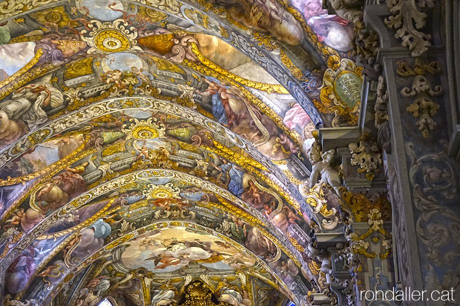 Església de Sant Nicolau de València. Pintures barroques projectades per Antonio Palomino i realitzades per Dionís Vidal.