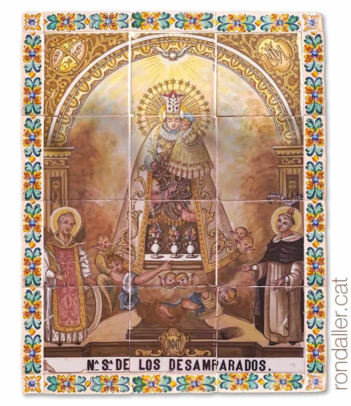 Itinerari per Alfara del Patriarca (València). Plafó ceràmic de la Mare de Déu dels Desamparats.