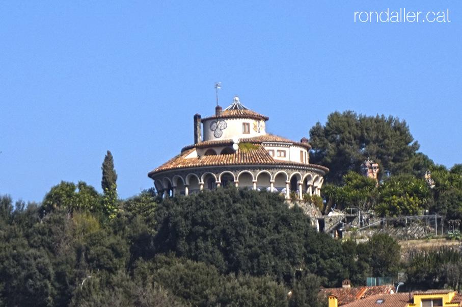 Panoràmica de La Torre Rodona de l'urbanització Sant Carles.