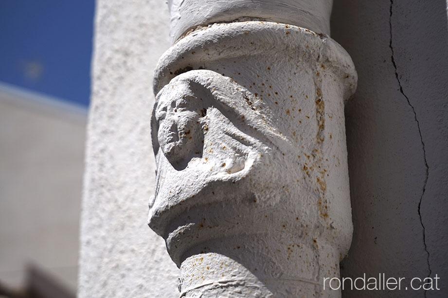 Detall d'una canonada a Alfara del Patriarca.