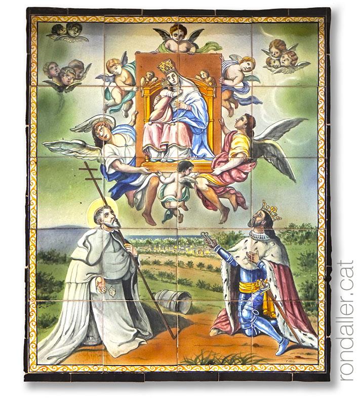 Plafó ceràmic amb la representació de la Mare de Déu del Puig, Sant Pere Nolasc i Jaume I.