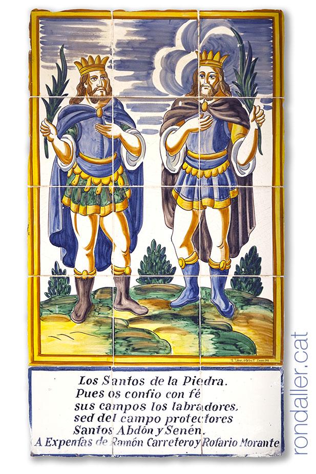 Sant Abdó i Sant Senent en un plafó ceràmic al calvari de Bétera.