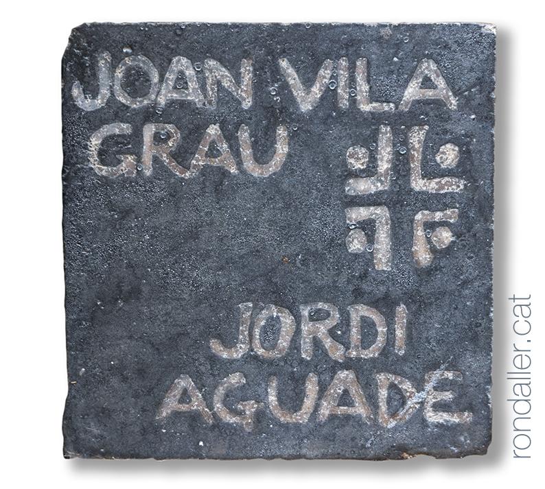 Signatura de Joan Vila Grau i Jordi Aguadé.