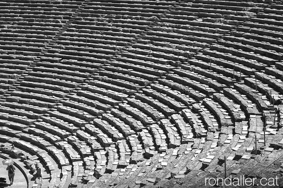 9 indrets del Peloponès. Antic teatre grec d'Epidaure.