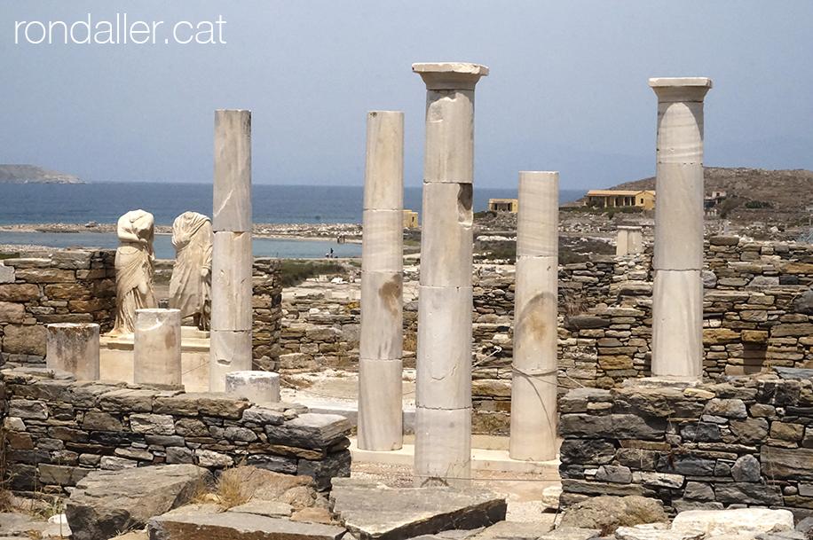 Ruïnes de la casa de Cleòpatra al jaciment arqueològic de l'illa de Delos.